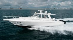 2007 Intrepid 390 Sport Yacht