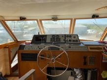 1977 Pacemaker 46 Motor Yacht