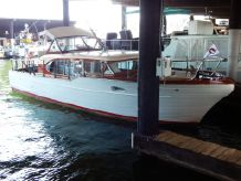1958 Chris-Craft 35' Constellation