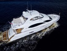 2005 Lazzara Yachts 68 FLYBRIDGE