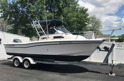 2001 Grady-White 226 Seafarer WA