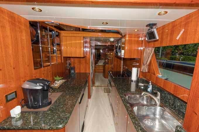 2005 Johnson Buy BoatsalesListing