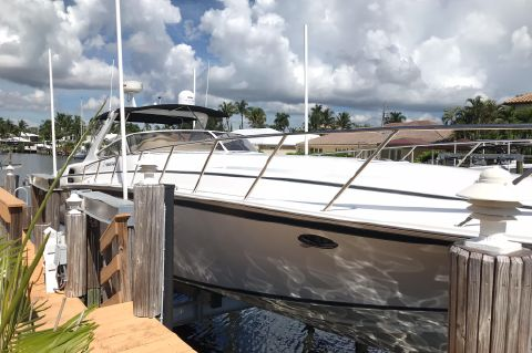 2005 Fountain 48 Express Cruiser