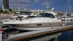 2011 Cruisers Yachts 420 Sports Coupe