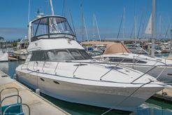 2001 Genesis Yachts 40 Sedan