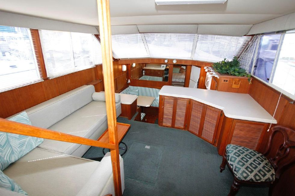 1986 Chris-Craft Corinthian 480