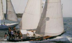 1982 Little Harbor 38