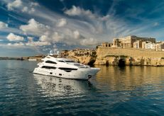 2015 Sunseeker 40 Metre Yacht