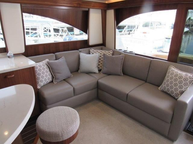 2019 Viking Convertible - Salon 1 - Sofa