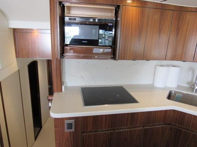 2019 Viking Convertible - Galley 3