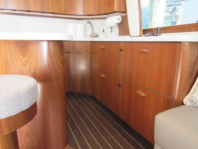 2019 Viking Convertible - Galley 5