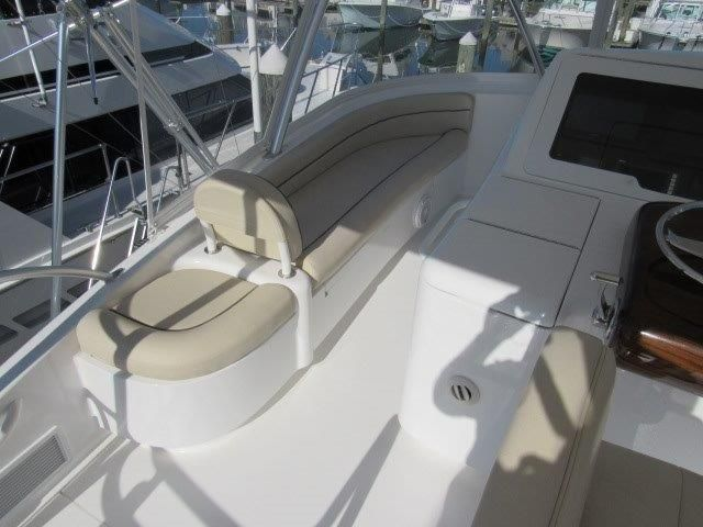 2019 Viking Convertible - Flybridge 4