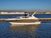 2011 Regal 3060 Express Cruiser