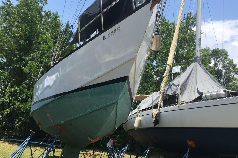1985 Bruce Roberts 44 44 Boats for Sale - Edwards Yacht Sales