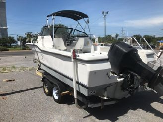 1994 Bayliner 2303 Trophy