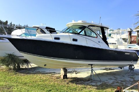 2010 Pursuit 315 OS - 31ft Pursuit Off Shore Port Side