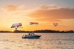 2022 Boston Whaler 325 Conquest