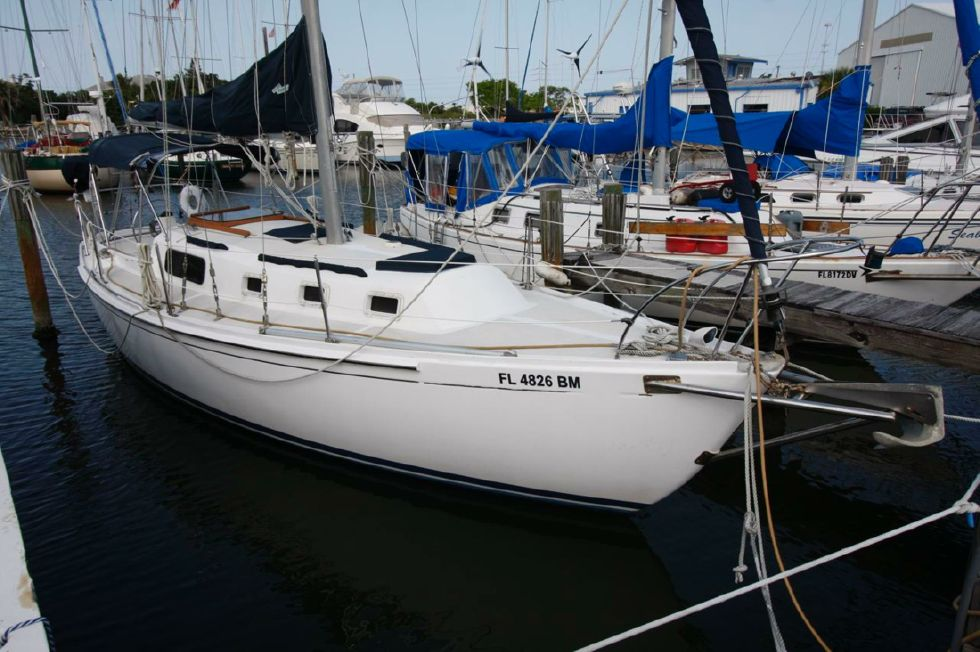1973 Irwin 32 32 Boats for Sale - Edwards Yacht Sales