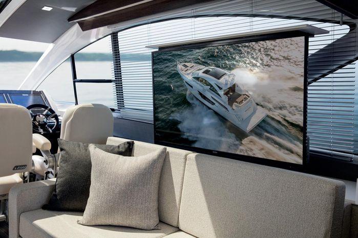 2019 Cruisers Yachts Buy Purchase