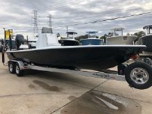 2021 Yellowfin 24 Bay CE