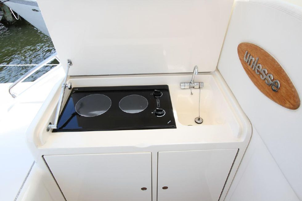 Outdoor Stove Top with Sink
