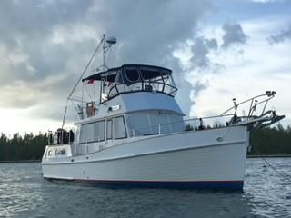 1989 Grand Banks Motoryacht Perfect Live Aboard - Starboard side @ anchor