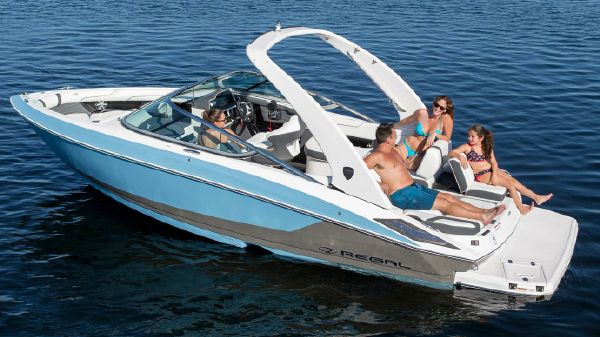 Regal 2300 Bowrider Manufacturer Provided Image