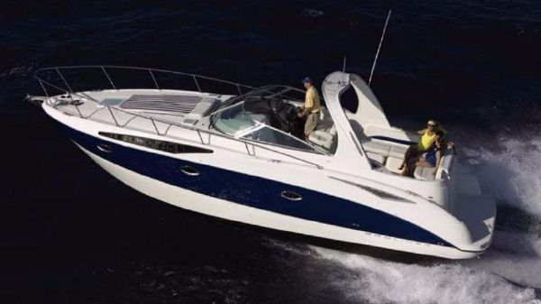 Bayliner 325 CRUISER Sistership Port Side