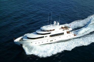 2020 Johnson 110 Motor Yacht