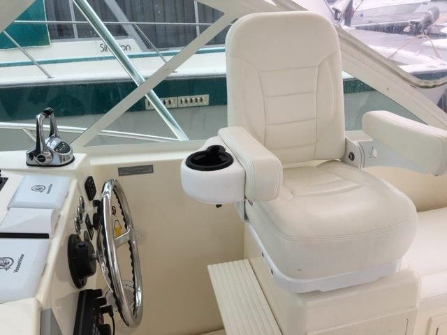 2013 Carolina Classic 32 - Deck - Helm Seat
