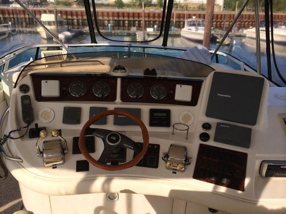 2003 Sea Ray 480 Sedan Bridge