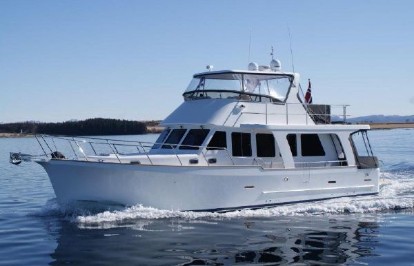 2018 Explorer Motor Yachts 50 Sedan
