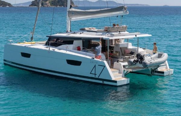 2018 Fountaine Pajot Saona 47