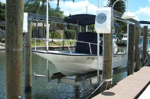 2010 Boston Whaler Montauk 17 CC