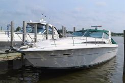 1990 Sea Ray 390 Express