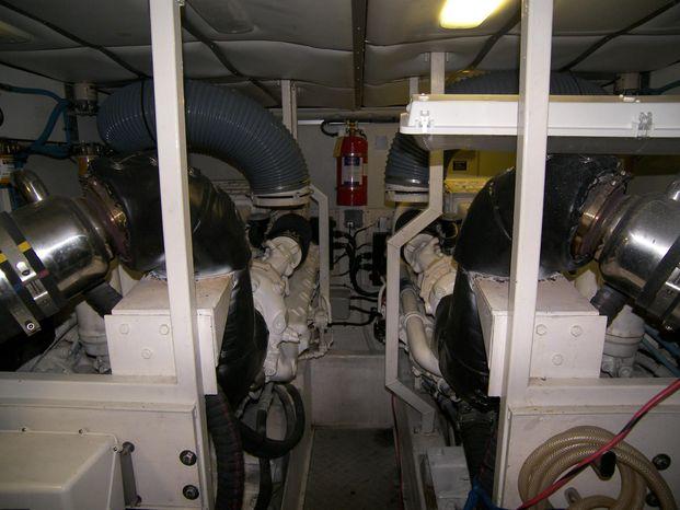 2001 Viking Sport Cruisers Sell Purchase