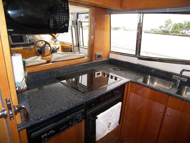 2001 Viking Sport Cruisers Brokerage Maine