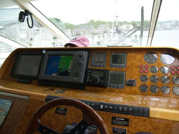 2001 Viking Sport Cruisers Broker BoatsalesListing