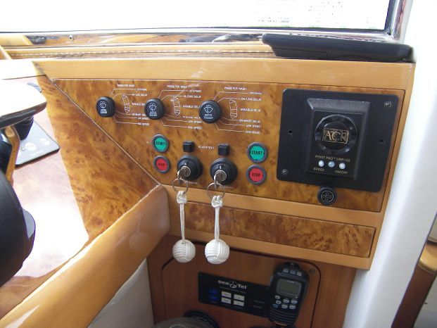 2001 Viking Sport Cruisers Broker Buy
