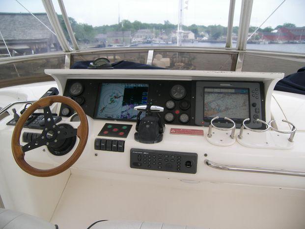 2001 Viking Sport Cruisers Broker Broker
