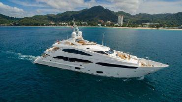 2010 Sunseeker 131 Yacht