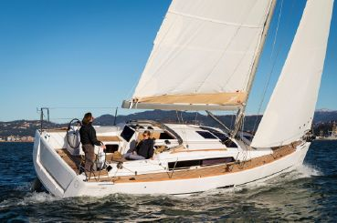 2019 Dufour 310 Grand Large