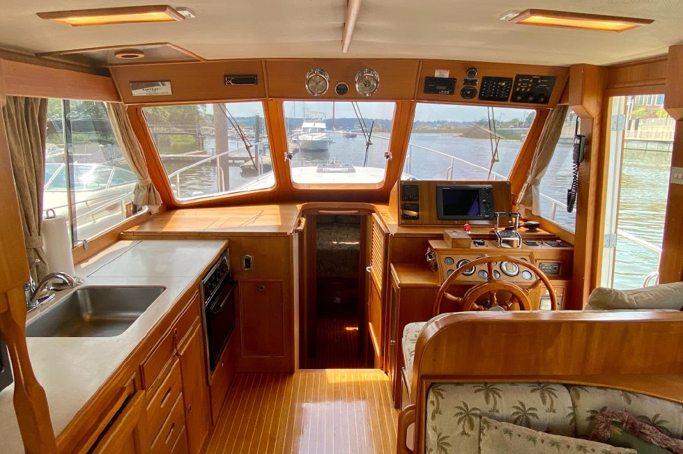 1996 Eastbay 40 Flybridge