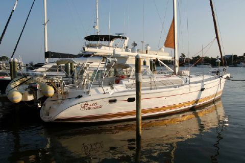 2004 Hunter 466 bow thruster