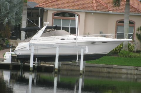 1999 Sea Ray Sundancer 330