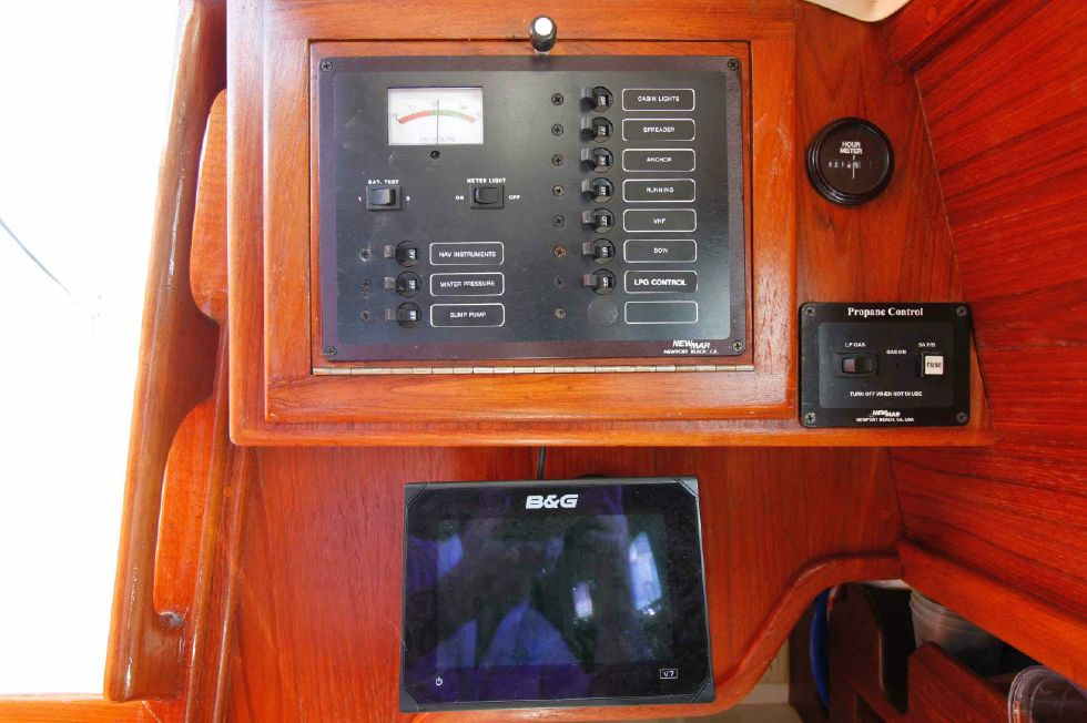 Pacific Seacraft Dana 24 Electrical Panel