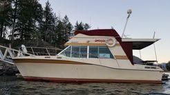 1975 Bayliner 3350 Montego