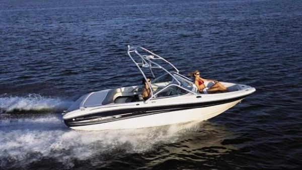 Sea Ray 185 Sport Manufacturer Provided Image