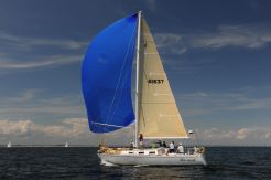 1988 J Boats J 37 Sloop
