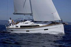 2020 Bavaria Cruiser 37